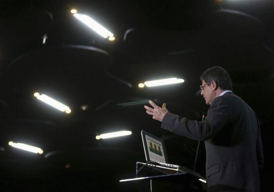 O ministro da Fazenda, Joaquim Levy, na Câmara França Brasil