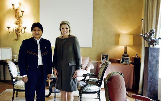A rainha Máxima de Holanda recebe a Evo Morales.