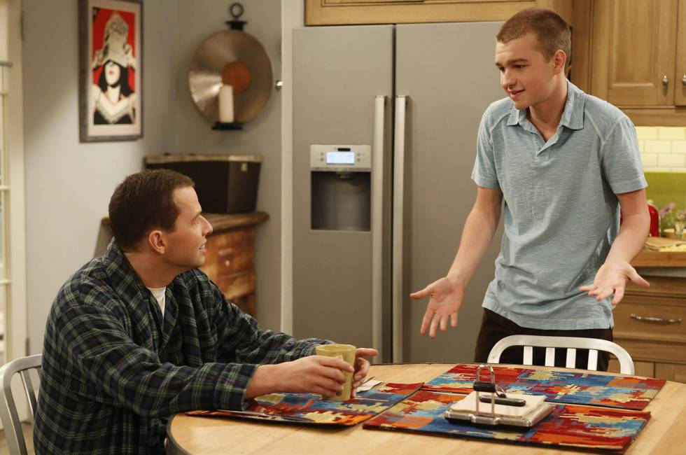 Alan e Jake, de 'Two and a Half Men', conhecem bem as complicadas relações entre pai e filho.