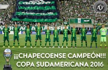 Chape, campeã da Sul-Americana 2016.