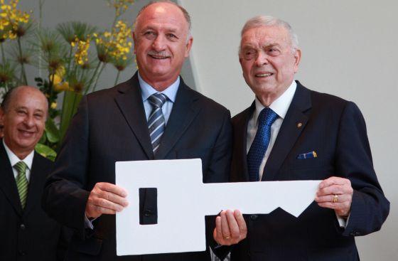 Felipe Scolari e José Maria Marin, na Granja Comary. / B. Domingos / AFP