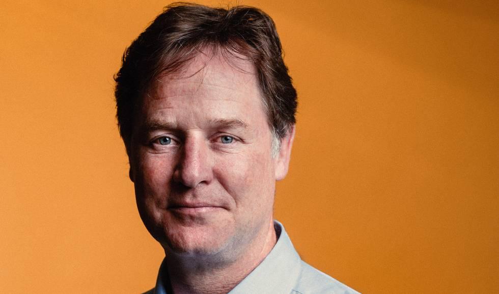 Nick Clegg nos escritórios do Facebook Espanha.