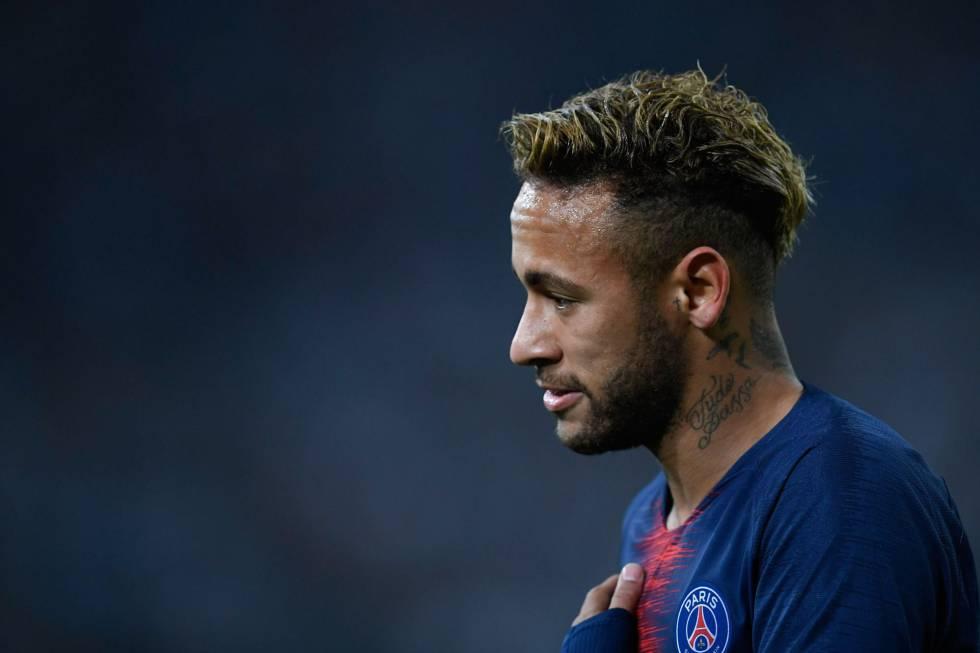 O jogador do francês PSG, Neymar, em uma partida do campeonato francês em 28 de outubro.