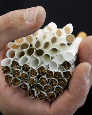 Cigarros estão cada vez mais na mira do governo brasileiro.