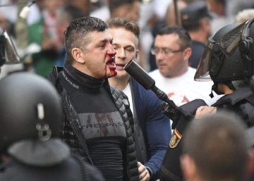 Os poloneses enfrentaram os agentes nas proximidades do Santiago Bernabéu