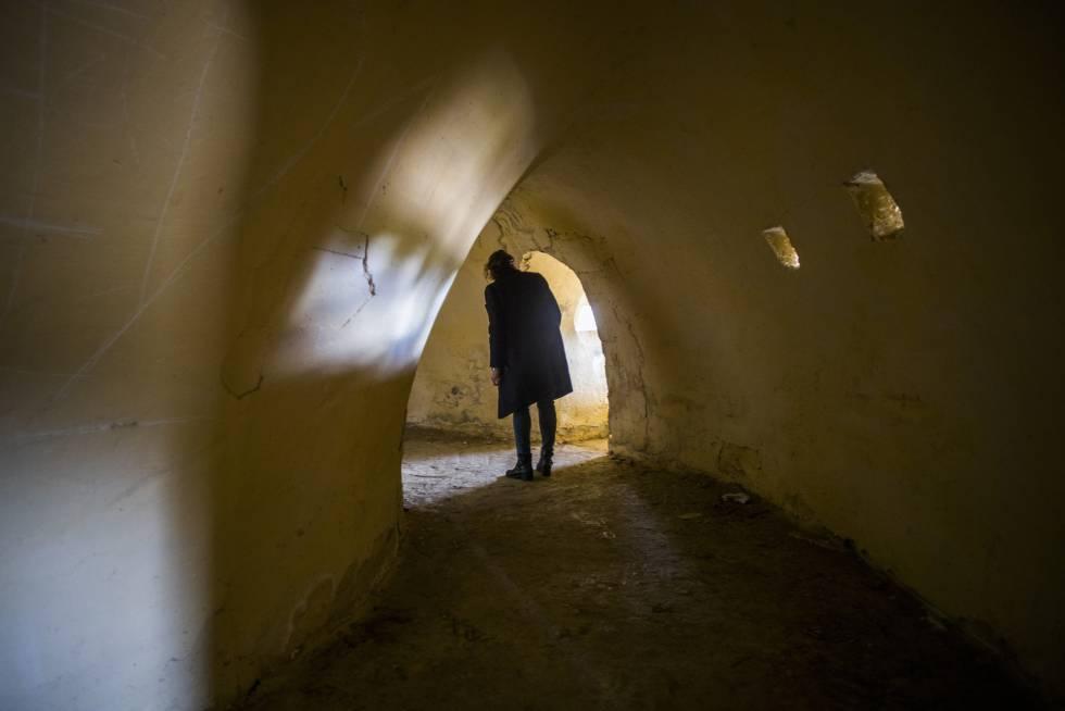 Reportaje sobre lugares olvidados de la guerra civil. Blockhaus 13, fortin construido por el bando nacional en Colmenar del Arroyo.