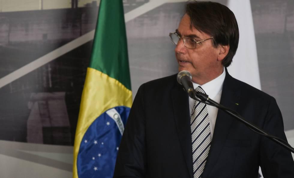 Jair Bolsonaro nesta terça-feira, em Itaipu (Paraguai).