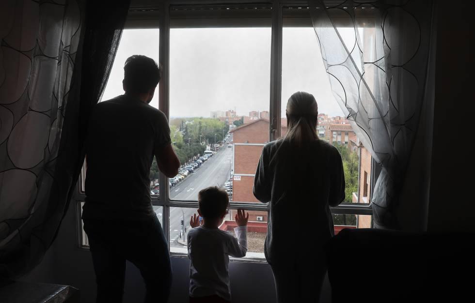 """Despejos: Família é condenada à """"prisão domiciliar"""" no apartamento que  ocupou   Internacional   EL PAÍS Brasil"""