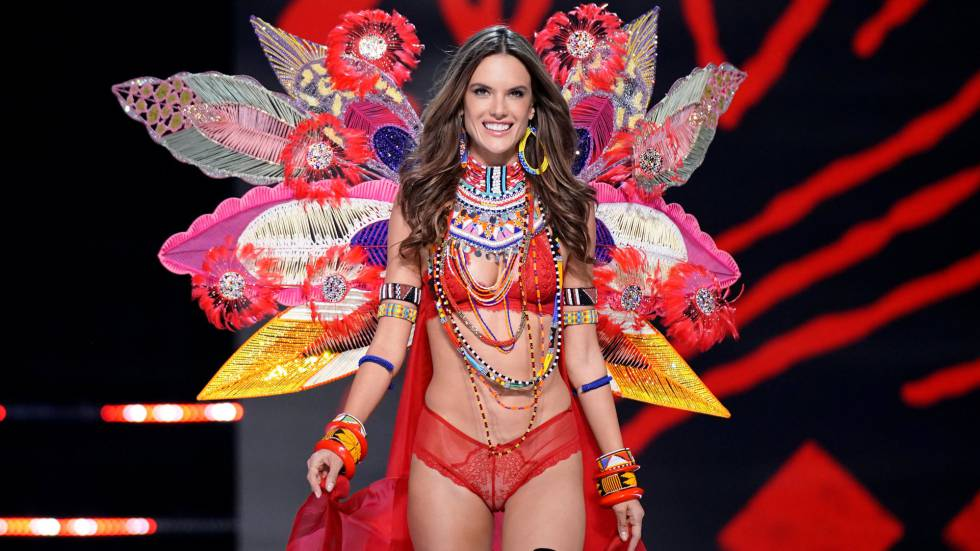 Alessandra Ambrosio no domingo