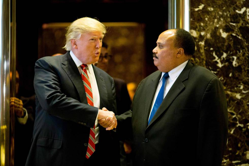 Trump com Martin Luther King III, na segunda-feira em Nova York.