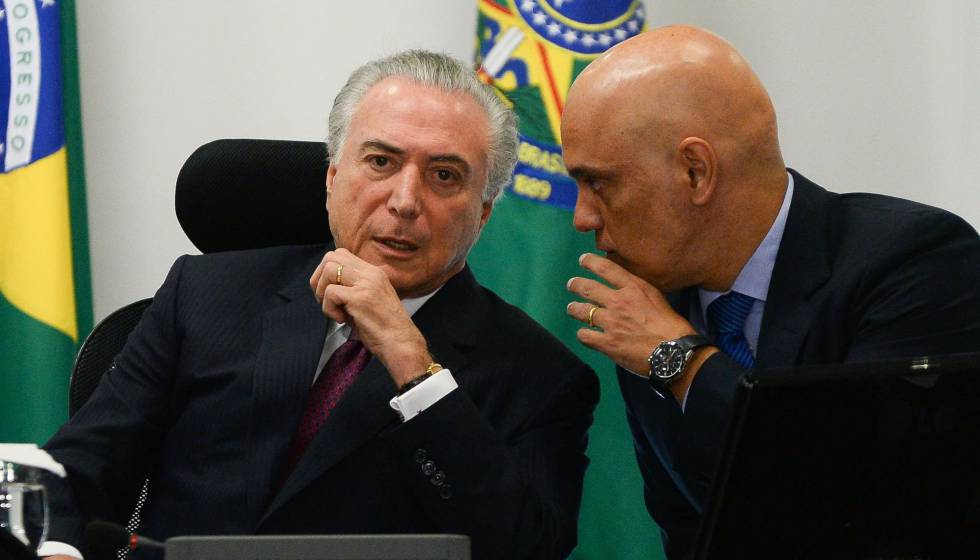Temer e o ministro da Justiça, Alexandre de Moraes, em Brasília.