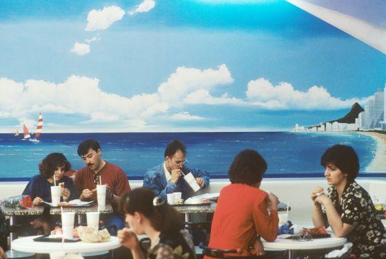 Un McDonald's moscovita em 1996