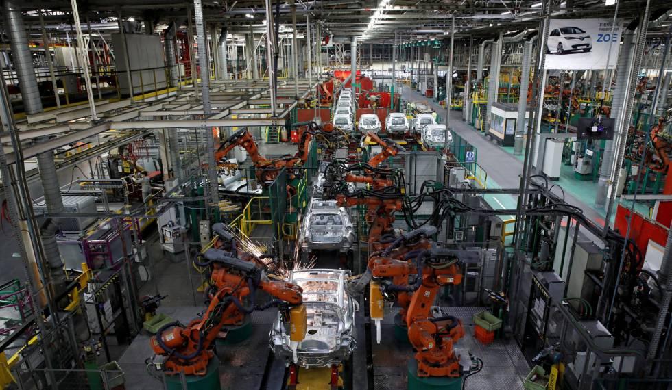 Fábrica da Nissan e da Renault, perto de Paris.
