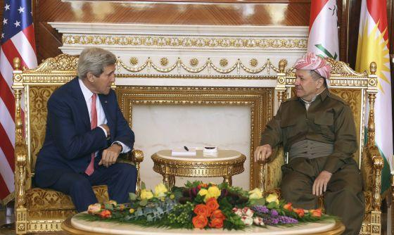 John Kerry e Masud Barzani, em Erbil.