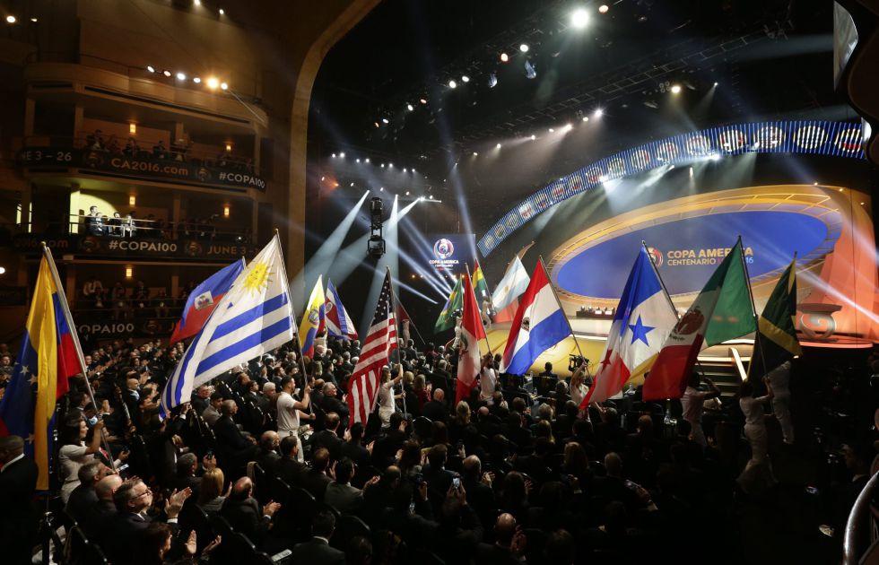 Sorteio da Copa América Centenário no Hammerstein de Nova York