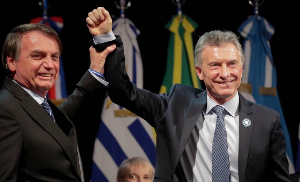 Jair Bolsonaro com o presidente argentino Mauricio Macri em 17 de julho.