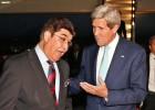 O norte-americano terá uma reunião com os dois candidatos presidenciais e com o atual presidente Hamid Karzai