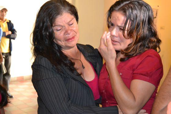 Reencontro entre a dona Josefina Osorio e sua filha, Xiomara Patrícia.