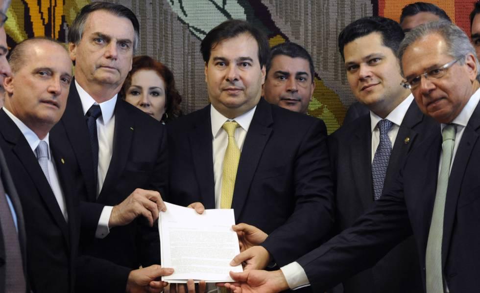 Onyx, Bolsonaro, Maia, Alcolumbre e Guedes, em fevereiro.