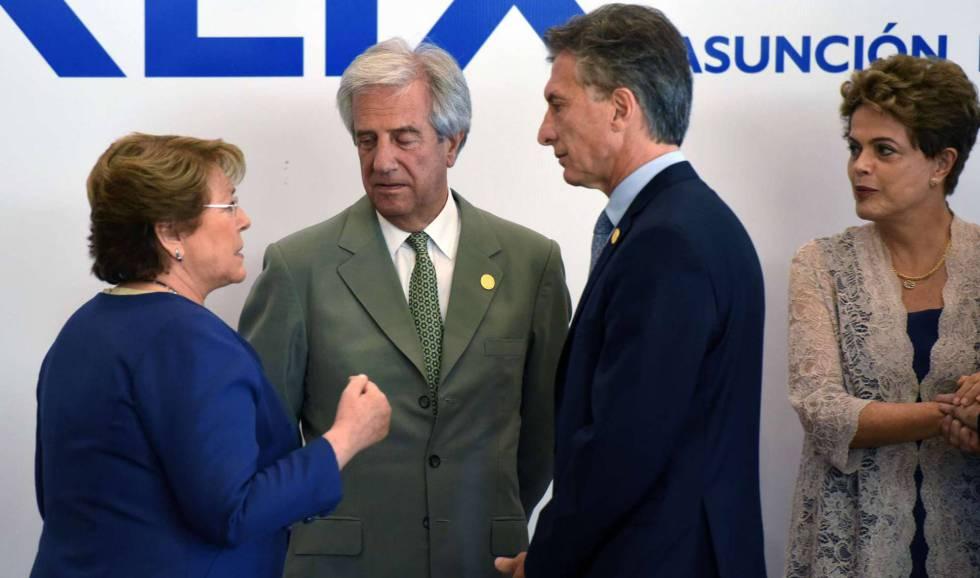 Presidentes Tabare Vazquez, Uruguai, Mauricio Macri, Argentina, Dilma Rousseff, Brasil, e Michelle Bachelet, Chile.