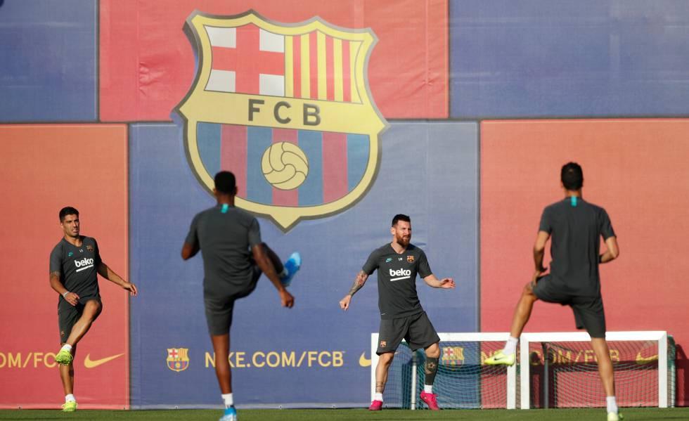 Messi se recuperou de lesão, treinou com o grupo e está relacionado.