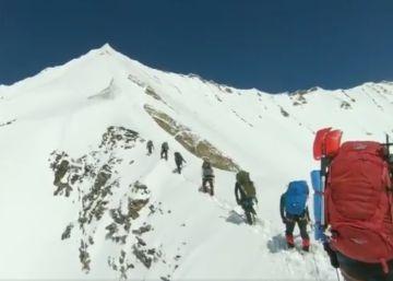Serviços de resgate recuperaram sete cadáveres e uma câmera GoPro usada para filmar a ascensão