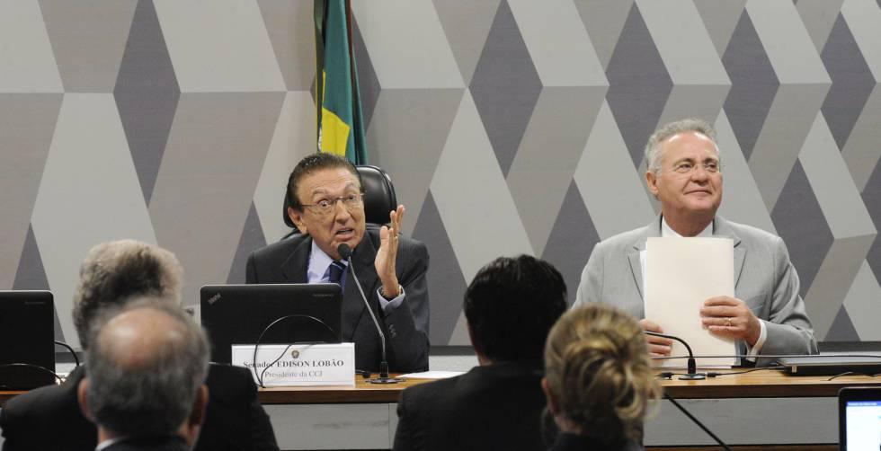 O presidente da comissão, Edison Lobão (e).