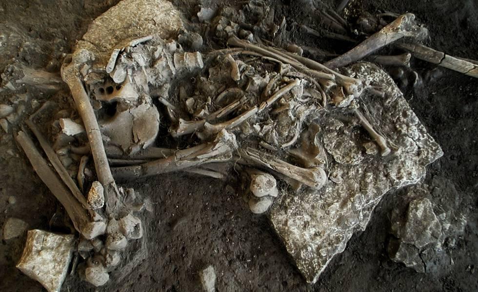 Restos mortais da jovem de 20 anos nos quais foi encontrada a bactéria causadora da peste.