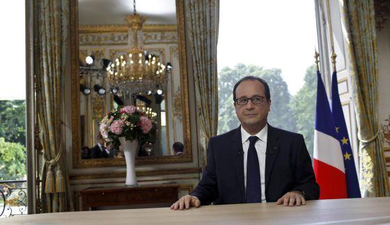 Hollande, depois do discurso de 14 de julho no Champs Elysées.