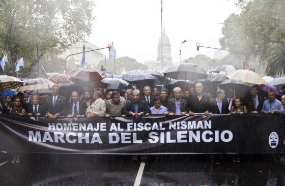 Dianteira da marcha em Buenos Aires.