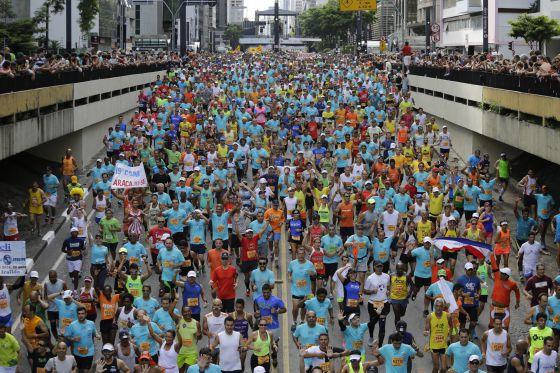 Competidores participam da corrida de São Silvestre, em São Paulo.