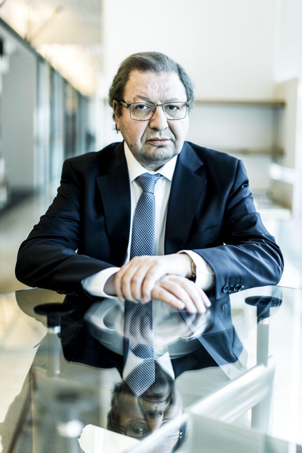 Ascanio Cavallo, coordenador chileno para a questão da demanda marítima.