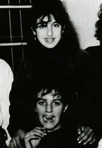 Manuela Torres (arriba) y Virginia Guerrero, en una foto familiar.