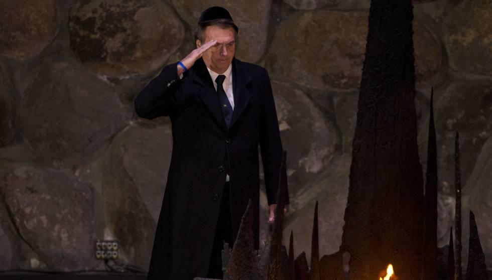 Jair Bolsonaro visita o Yad Vashem, em Jerusalém, no dia 2 de abril.
