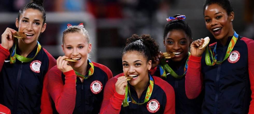 Aly Raisman, Madison Kocian, Lauren Hernandez, Simone Biles e Gabby Douglas nos Jogos do Rio.