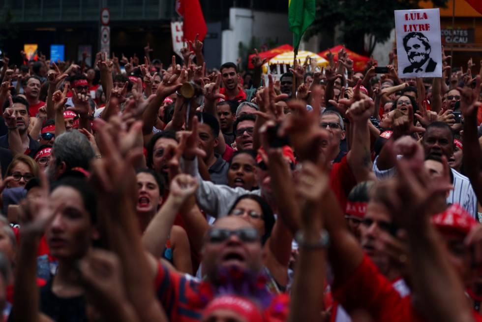 Ato pelo Lula Livre, neste domingo em São Paulo.