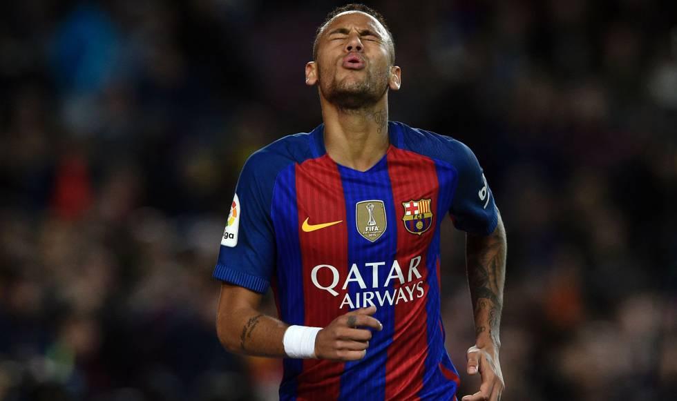 Neymar contra o Málaga, no domingo passado.