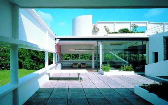 Terraço da Villa Savoye (1929-1931), residência de Le Corbusier, em Poissy (França).
