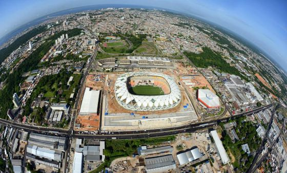 Imagem aérea da Arena da Amazônia, em Manaus.