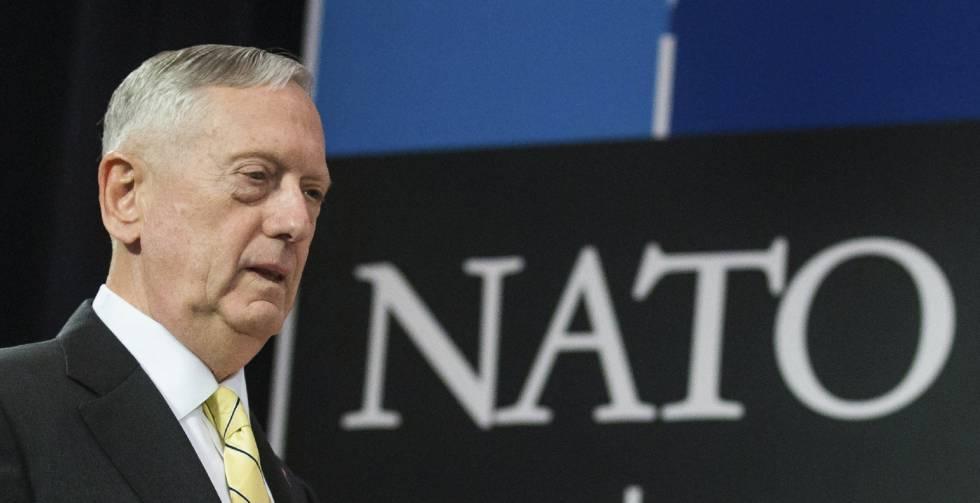 O secretário de Defesa norte-americano, James Mattis, na reunião de ministros de Defesa da OTAN,