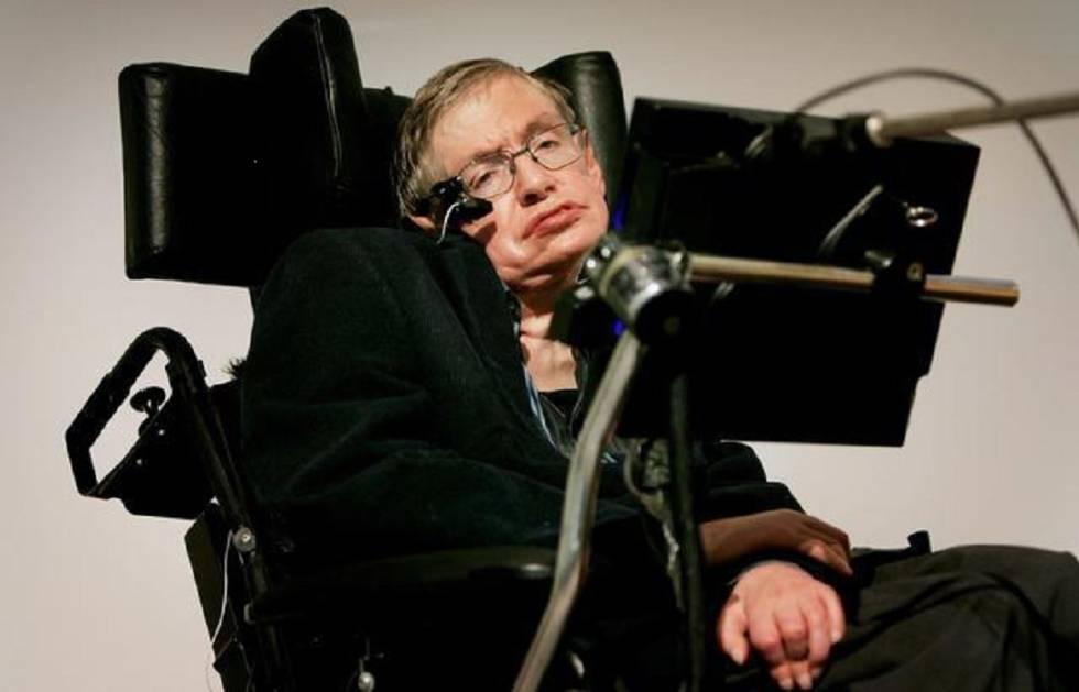 Stephen Hawking, que sofre da doença há mais de 50 anos.