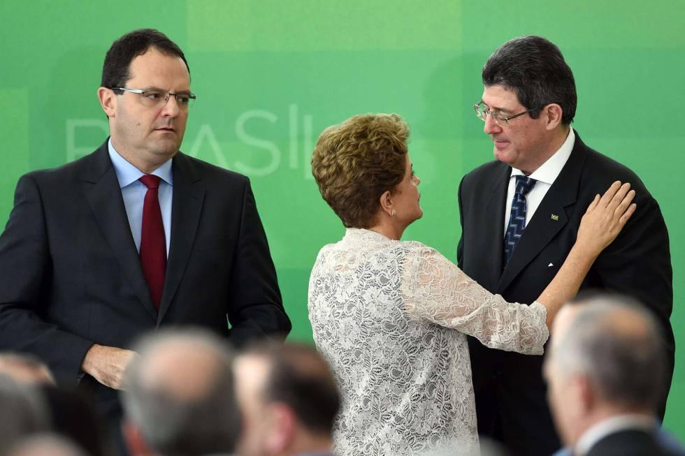 Dilma entre Barbosa e Levy.