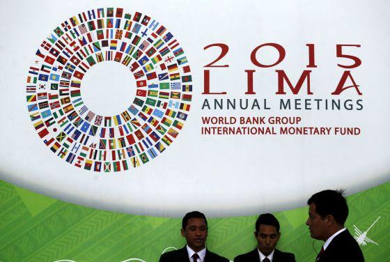 Participantes da reunião do FMI e do Banco Mundial em Lima (Peru).