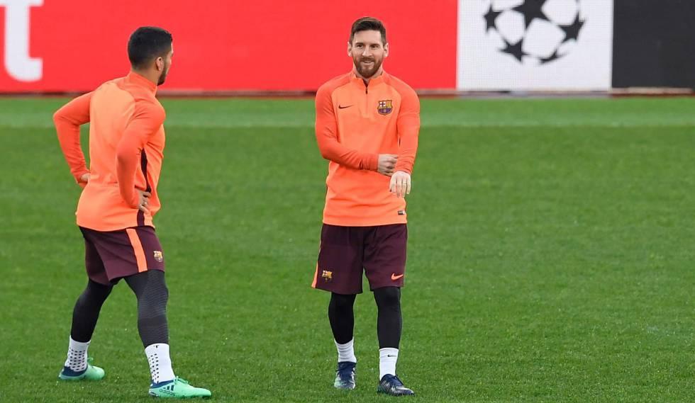 Suárez e Messi treinam para jogo contra a Roma.