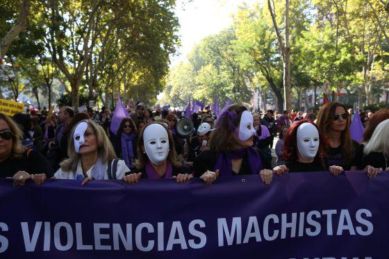 Linha de frente da manifestação em Madri.