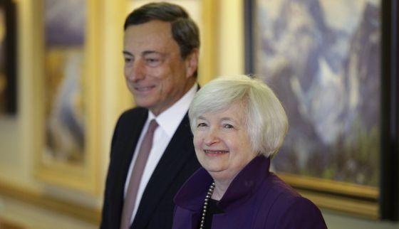 Mario Draghi, presidente do BCE, e Janet Yellen, presidenta do Banco Central dos EUA.
