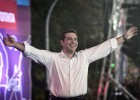 Encerramento da campanha do Syriza coincide com as últimas pesquisas, que dão uma ligeira vantagem ao ex-premiê no domingo