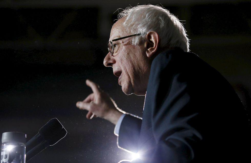 Sanders discursa em Des Moines, Iowa, neste domingo.