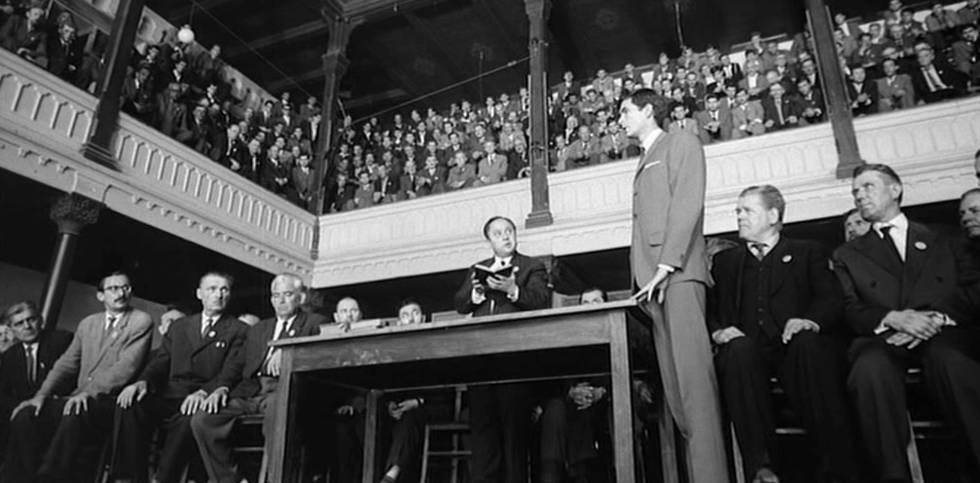 Cena do filme 'O Processo', de Orson Welles, adaptado da obra de Kafka