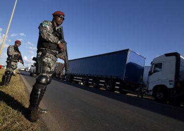 Paralisação chega ao 7º dia, e Governo e caminhoneiros continuam em impasse. Siga a situação da greve em tempo real